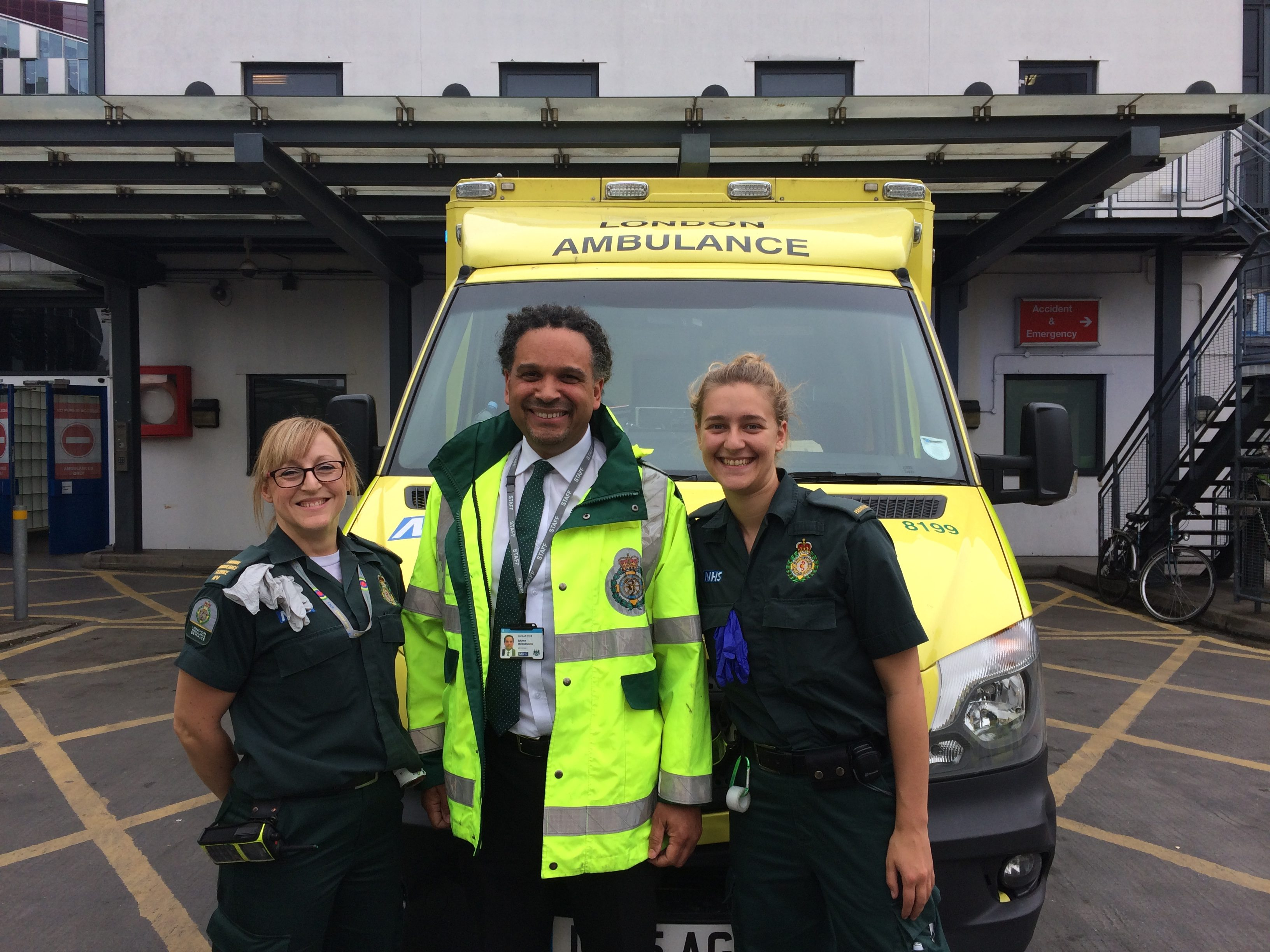 London Ambulance Services - A Day In The Life - Connecting to
